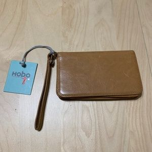 Hobo International caramel ALLY wrist wallet